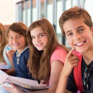 Cómo captar la atención de los niños en una clase de inglés
