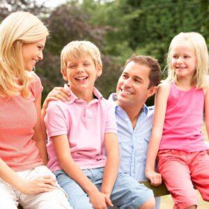 Campamento de verano y nostalgia: no hablar con tus hijos es la mejor medicina